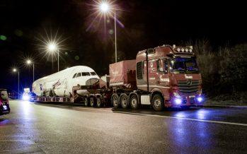 To Mercedes Actros κατάφερε να μεταφέρει ένα Airbus Α320