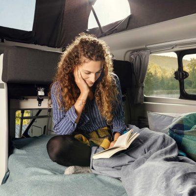2019-ford-transit-custom-nugget-interior (4)