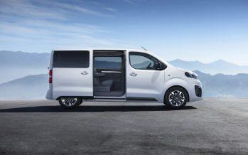 Μέχρι και εννέα επιβάτες χωράει το νέο Opel Vivaro Life