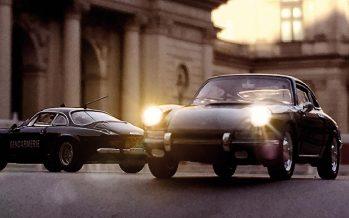 Φωτογράφος κάνει μινιατούρες Porsche να μοιάζουν με αληθινά αυτοκίνητα