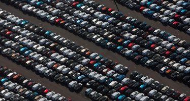 Πόσα καινούργια αυτοκίνητα, φορτηγά και λεωφορεία πουλήθηκαν στην Ελλάδα τον Ιανουάριο;