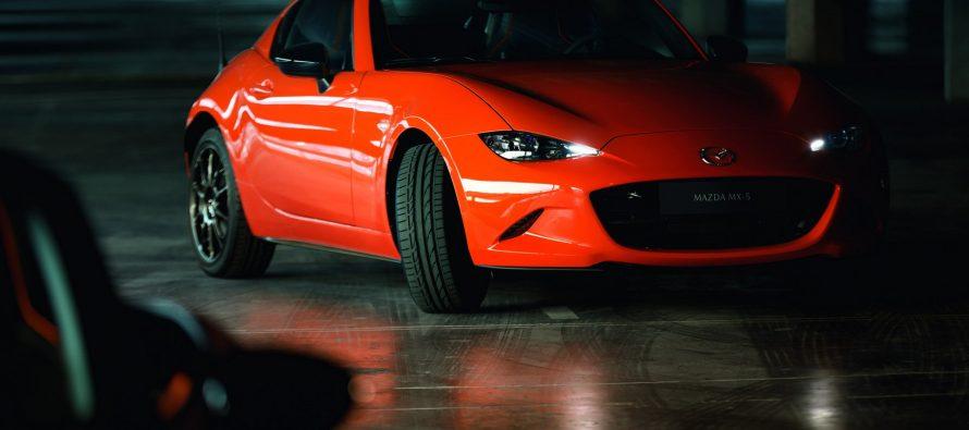 Πώς γιορτάζει τα τριάντα του χρόνια το Mazda ΜΧ-5;