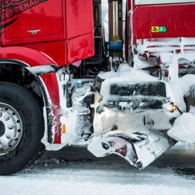 D548607-Snoplog–snow-clearing-at-another-level-the-Mercedes-Benz-Arocs-ensures-the-roads-of-Sweden