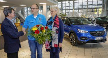 Ο πρώτος ιδιοκτήτης του Opel Grandland X με 180 ίππους