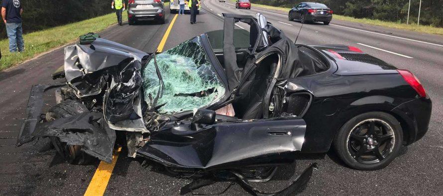 Νεκρό το Toyota MR2 αλλά ζωντανός ο οδηγός του
