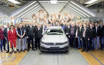 Ρεκόρ παραγωγής για το Volkswagen Passat που έφτασε τα 30 εκατομμύρια (video)