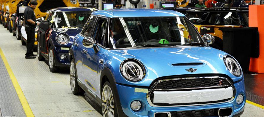 To Brexit κλείνει εργοστάσιο της ΜΙΝΙ για ένα μήνα
