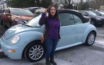 Μάζευε 12 χρόνια χρήματα για να αγοράσει ένα cabrio Volkswagen Beetle