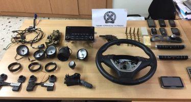 Δυο συλλήψεις για κλοπές εξαρτημάτων αυτοκινήτων