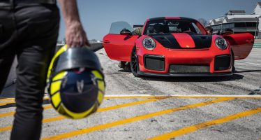 Η Porsche 911 GT2 RS έκανε νέο ρεκόρ χρόνου (videos)