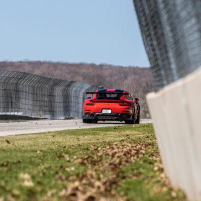 Porsche 911 GT2 RS 10