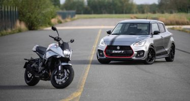To Swift Sport τιμά τη μοτοσυκλέτα Suzuki Katana
