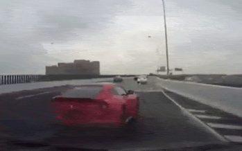 Έτσι καταστράφηκε αυτή η Ferrari F12 (video)
