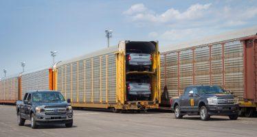 Δείτε το ηλεκτροκίνητο Ford F-150 να ρυμουλκεί πάνω από 453 τόνους (video)