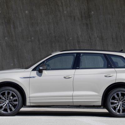 "Volkswagen Touareg special model ""ONE Million"""