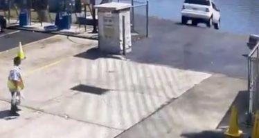 Αντί για φρένο πάτησε γκάζι και κατέληξε μέσα στο ποτάμι (video)
