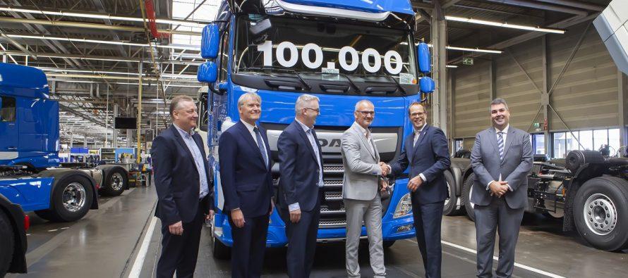 Ρεκόρ παραγωγής για τα φορτηγά DAF CF και XF (video)