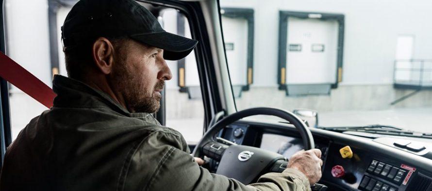 Βάλσαμο το τιμόνι της Volvo για τους οδηγούς φορτηγών (video)