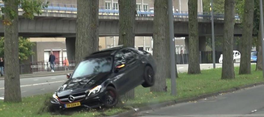 Ατζαμής οδηγός έριξε μια Mercedes-AMG C63 S πάνω σε δέντρο (video)