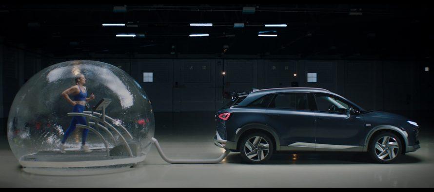 Ολυμπιονίκης αναπνέει την εξάτμιση του Hyundai NEXO (video)