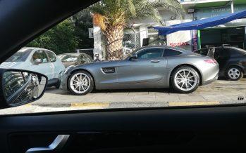 Εντοπίσαμε μια Mercedes AMG GT στη Λεωφόρο Συγγρού
