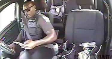 Σε ατύχημα ενεπλάκη αστυνομικός που οδηγούσε και έστελνε μήνυμα (video)