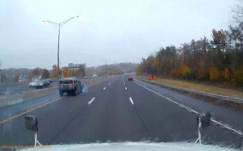 Honda Civic φρενάρει επίτηδες απότομα μπροστά από Hummer H2 (video)