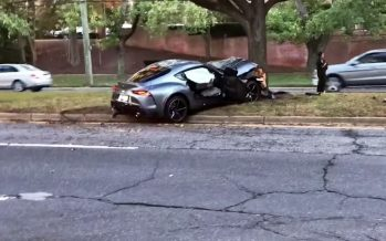 Toyota Supra καρφώθηκε σε δέντρο (video)