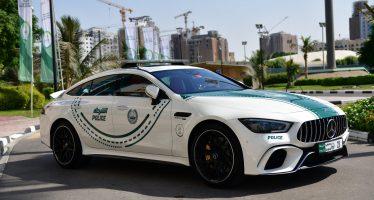 Στην Ελλάδα περιπολικά Skoda Octavia στο Ντουμπάι Mercedes-AMG GT 63 S