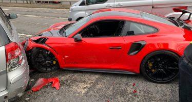 Πήρε για test drive μια Porsche και την τράκαρε