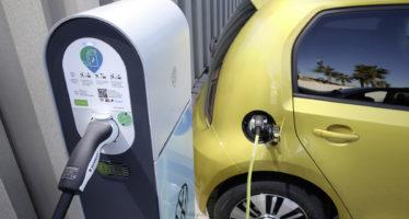 Ποια χώρα θα απαγορεύσει τα βενζινοκίνητα και πετρελαιοκίνητα αυτοκίνητα;