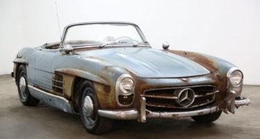 Σκουριασμένη Mercedes του 1961 πουλήθηκε 720.000 ευρώ