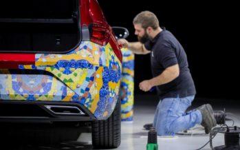 Για πρώτη φορά πολύχρωμο το SEAT Leon (video)