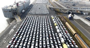Πόσα αυτοκίνητα πουλήθηκαν στην Ελλάδα το Φεβρουάριο;