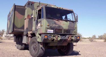 Μετέτρεψαν στρατιωτικό φορτηγό σε τροχόσπιτο (video)