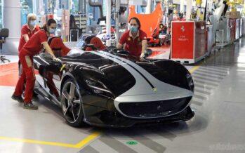 Η Ferrari που άργησε επτά εβδομάδες λόγω κορωνοϊού (video)