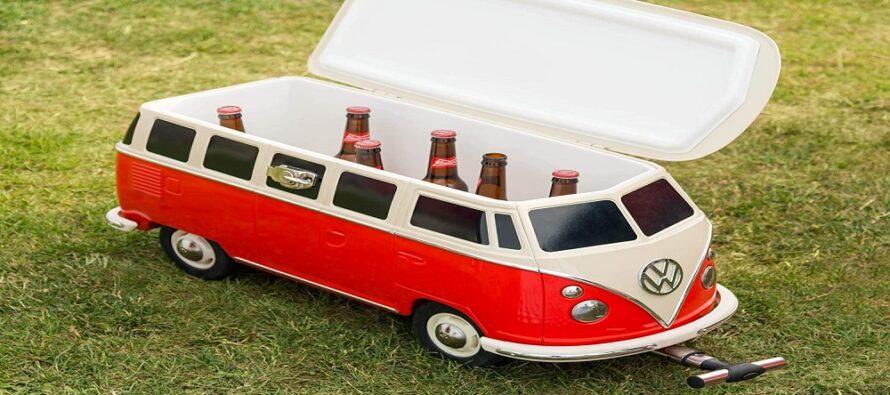 Σε φορητό ψυγειάκι μετατράπηκε βαν της Volkswagen (video)