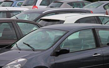 Έξι συλλήψεις παρκαδόρων για κατάληψη δημοσίων δρόμων