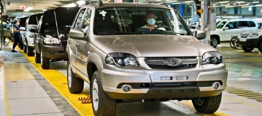 Το Niva επέστρεψε από τη Chevrolet στη Lada