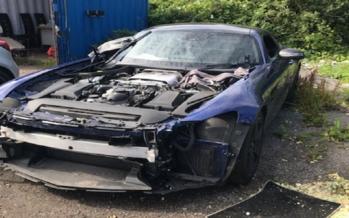 Βανδάλισαν μια Mercedes-AMG GT σε φυλασσόμενο πάρκινγκ