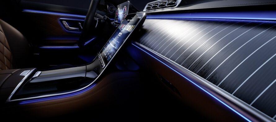 Ξεχειλίζει πολυτέλεια και άνεση η νέα Mercedes S-Class (video)