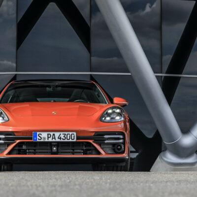Porsche Panamera (1)