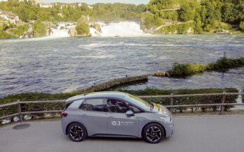 Ποιο ηλεκτρικό αυτοκίνητο πήγε από τη Γερμάνια στην Ελβετία με μια φόρτιση; (video)