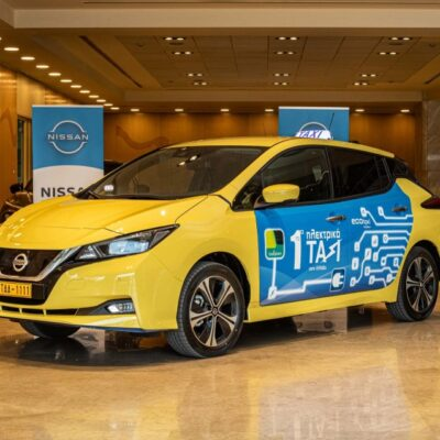 Nissan Leaf taxi (1)