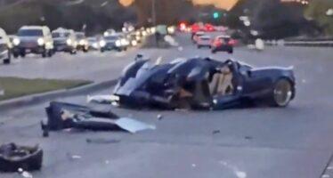 «Μπαμπά τράκαρα την Pagani Huayra Roadster των 3,4 εκατ. δολαρίων» (video)