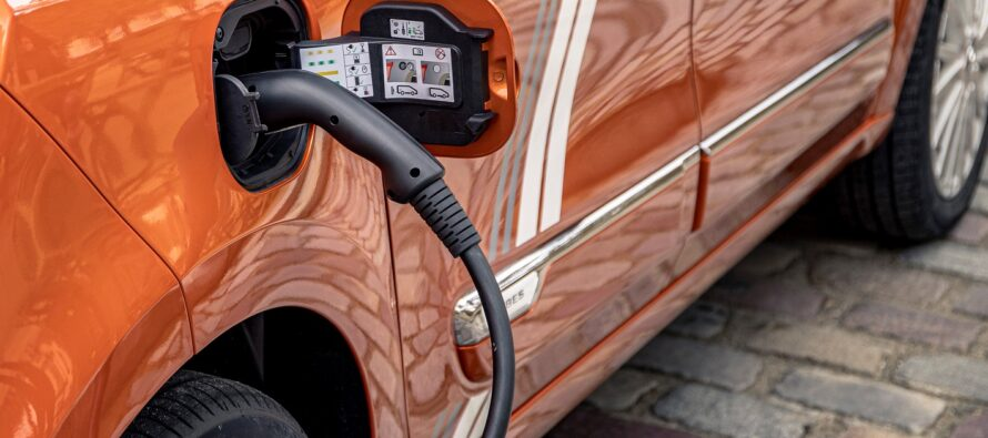 Αυτό είναι το πρώτο σε πωλήσεις ηλεκτρικό αυτοκίνητο