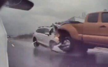 Subaru «σούβλισε» Toyota (video)