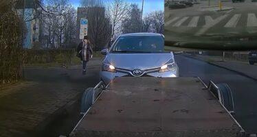 Διπλό χτύπημα από ηλικιωμένο οδηγό (video)