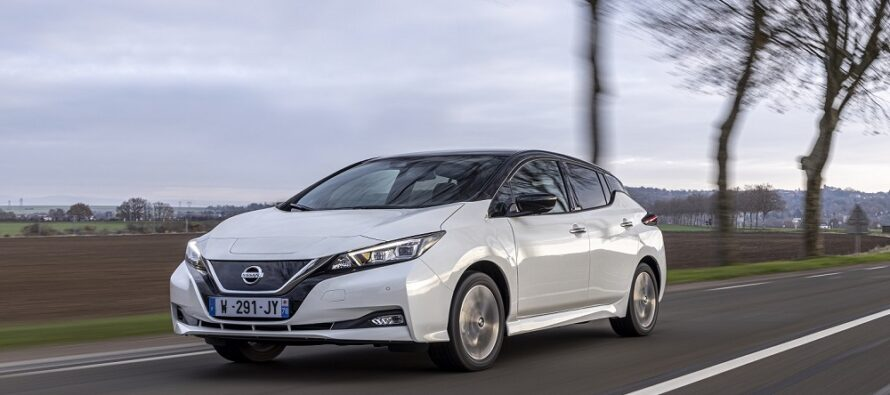 Τί μας κερνάει το Nissan Leaf στο πάρτι γενεθλίων του;