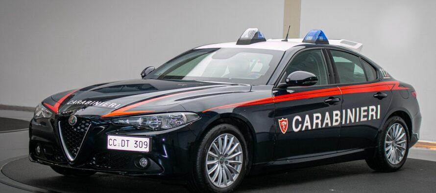 Αντέχουν ακόμα και πυροβολισμούς τα θωρακισμένα περιπολικά Alfa Romeo Giulia!